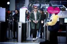 แฟนแห่กรี๊ดหลี่อี้เฟิง นักแสดงจีนสุดหล่อ มาไทย!!