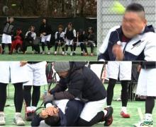 """ฮาไม่ออก """"คังโฮดง"""" โดนลูกเทนนิสอัดหน้า ขณะถ่ายวาไรตี้แนวกีฬา"""