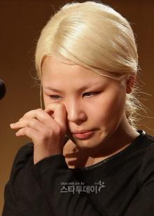 เศร้า!นักร้องสาวเกาหลีโดนกดดันจนต้องเผยเคยโดนข่มขืน!!