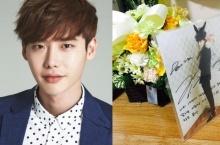 อี จองซอก ส่งดอกไม้และคำอวยพรวันเกิดแด่เหยื่อเรือเซวอล