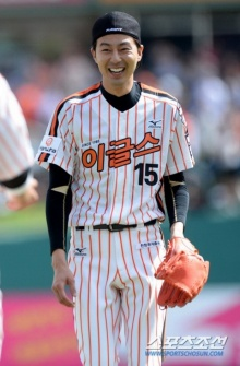 โจ อินซอง นักเบสบอล ที่หล่อที่สุดในเกาหลี!