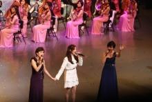 เซอร์ไพร้ซ์! สมาชิก เกิร์ลกรุ๊ปเกาหลีใต้โผล่ร่วมร้องเพลงกับเกิร์ลกรุ๊ปเกาหลีเหนือ(คลิป)