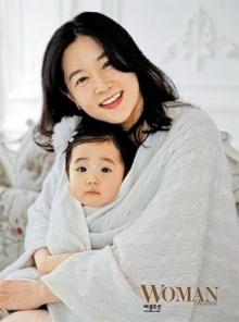 ลี ยองเอ เป็นปลื้มกับชีวิตคุณแม่ลูกแฝด