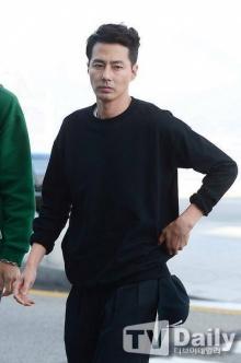 โจอินซอง นำทัพนักแสดง Its Okay Thats Love ฉลองปิดกล้องที่ไทย (ชมคลิป)