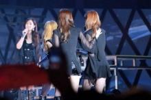 เมมเบอร์  Girls Generation หลั่งน้ำตากลางงาน มิตติ้ง ที่ จีน