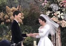 บินแล้วจ้า!! คู่รักซงจุงกิ เฮเคียว ออกเดินทางไปยุโรป เพื่อนฮันนีมูน!!