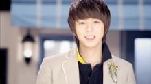 มุนจุนยอง หัวหน้าวง ZE:A ทวีตแฉประธาน Star Empire