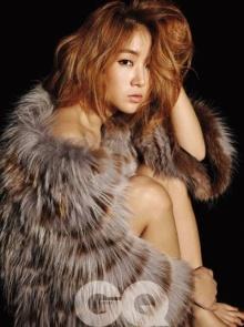"""""""โซยู Sistar"""" ผู้หญิงแห่งปีของ GQ Korea"""