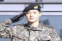 คิมฮยองจุง ปลดประจำการทางทหารแล้ววันี้!!!