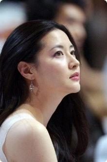 กระแสเกาหลีกระตุ้นอาหมวย แห่ทำสวยแบบ ลี ยองเอ