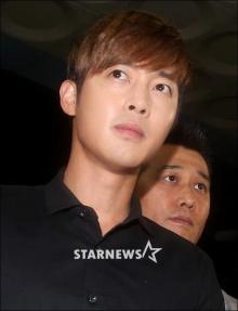 คิมฮยอนจุง เข้าให้ปากคำกรณีทำร้ายแฟนสาวแล้ว