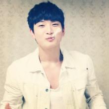 จิน อุน 2AM ประสบอุบัติเหตุรถชน และต้องผ่าตัดด่วน
