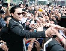 แฟนคลับแห่กรี๊ด ไซ-กังนัมสไตล์ นักร้องซูเปอร์สตาร์เกาหลี เปิดคอนเสิร์ตเมืองไทย