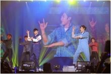 นิชคุณ-แบมแบม โชว์เพลงของ พี่เบิร์ด ในคอนเสิร์ต JYP Nation!!
