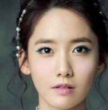 ยุนอา อวดเสน่ห์ลงนิยสาร Elle