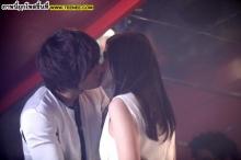 บาดใจแฟนลีมินโฮโชว์จูบพัคมินยอง