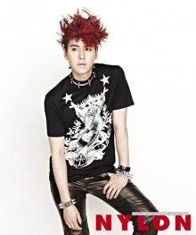 Kyu Hyun แห่ง Super Junior เผยภาพในนิตยสาร NYLON