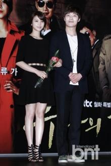 คิมอกบิน-อีฮีจุน พระ-นาง จากละคร Yoonas Streetคบนอกจอได้ 2 เดือนแล้ว