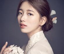 ภาพ ซูจี ในชุดฮันบกที่ถูกชมว่า งามดุจดอกมูกุงฮวา