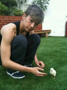 สัตว์เลี้ยงของ 'อูยอง' น่ารักไม่แพ้เจ้าของ