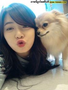 Pic : ฮยอนอา กับน้องหมาตัวโปรดด
