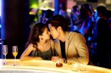 """""""ฝน-ศนันธฉัตร"""" ปาดหน้า """"กันต์-กรวิศ"""" เปิดศึกชิงผู้ เคลิ้มจูบ """"ตั้ว"""" ใน """"BangkokรักStories"""