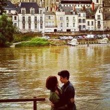 จูบแสนหวาน ของโอ้-พลอยที่ฝรั่งเศส ในละคร มาดามดัน