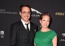 พระเอก Iron Manประกาศข่าวดีผ่านเฟซบุ๊กว่า ครอบครัวมีสมาชิกใหม่เป็นลูกสาว