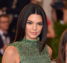 อกไข่ดาวไม่ใช่ปัญหาสำหรับ Kendall Jenner
