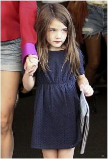 ซูริ ครูสแต่งสวยทาปากไปโรงเรียน