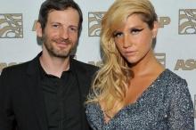 Kesha (เคช่า) ฟ้องร้องดำเนินคดี กับ อดีตโปรดิวเซอร์คู่ใจ