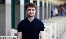 พระเอกนอกจอ แดเนียล แรดคลิฟฟ์ ช่วยชายถูกโจรกรีดหน้าชิงทรัพย์ในลอนดอน