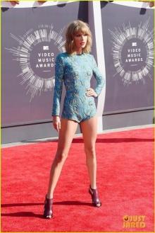 แฟชั่นพรหมแดง MTV Video Music Awards 2014