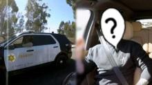 นักร้องดัง ร้องเพลงในรถแต่ดันโดนตำรวจเรียกให้จอดซะงั้น รู้เหตุผลยิ้มไม่หยุด (คลิป)