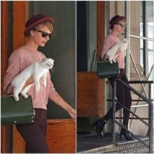 แฟชั่นสีหวานของ เทย์เลอร์ สวิฟต์ กับน้องแมว Olivia