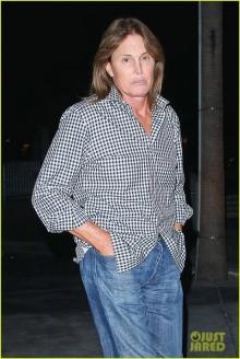 บรูซ เจนเนอร์ เปิดตัวเป็นหญิงข้ามเพศในวัย 65!