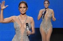 แซ่บสะพรึง!! ซีทรูชุดนี้ของ Jennifer Lopez เวทีAMA 2015