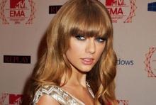 เทเลอร์ สวิฟท์ ขึ้นแท่น นักร้องรวยที่สุดแห่งปี 2013