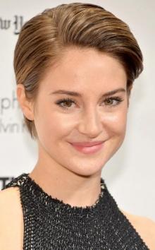 เชย์ลีน วูดลีย์ หั่นผมสั้นรับภารกิจใหม่ใน Insurgent!