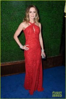 เอมิลี่ บลันท์ สวยเลิศ คว้ารางวัลนักแสดงนำยอดเยี่ยม!