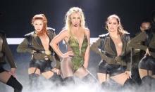 แม่มาแล้ว! Britney Spears แลนดิ้งลง กทม.แฟนคลับรอต้อนรับเนืองแน่น(คลิป)