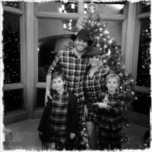 บริทนีย์ ควงแฟนหนุ่ม ฉลองคริสต์มาสกับลูก!