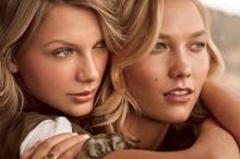 เทย์เลอร์ สวิฟต์ ควง คาร์ลี่ คลอสส์ ประชันสวยขึ้นปก Vogue!