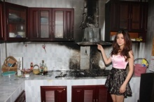 ไฟไหม้บ้านใบเฟิร์น นางเอกดังเสียหายแค่ในห้องครัว