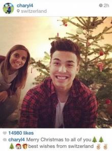 กรี๊ด! ชัปปุยส์ ควงแฟนสาวอวยพรคริสต์มาสแฟนบอลสุดอบอุ่น