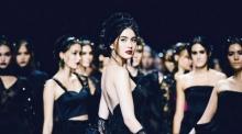 สวยเจิดสุดๆ!! ใหม่ ดาวิกา ในงานเดินแบบ Elle Fashion Week