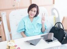 """คณะแพทย์เผย """"แหวน-ฐิติมา"""" สิ้นใจอย่างสงบ แม้มะเร็งลุกลามเข้ากระดูก"""