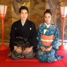 อั้ม พัชราภา ควง คุณพ่อ คุณแม่ และ หวานใจ แอมป์ พิธาน เที่ยวญี่ปุ่น
