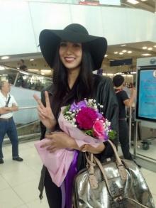 ส่องภาพ !! แอลลี่ บินกลับถึงไทย หลังชวดมงกุฎ
