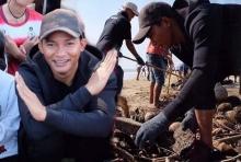 ใจหล่อมาก!! จา พนม หยุดบ้าระห่ำ ลุยเก็บขยะร่วมช่วยชาวใต้